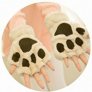 Accessories - Bear paw fingerless gloves